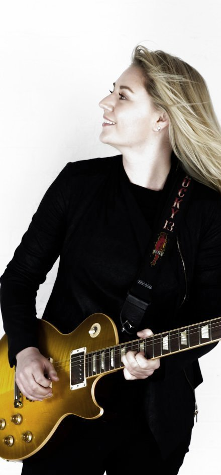 Joanne Shaw Taylor + Laura Cox